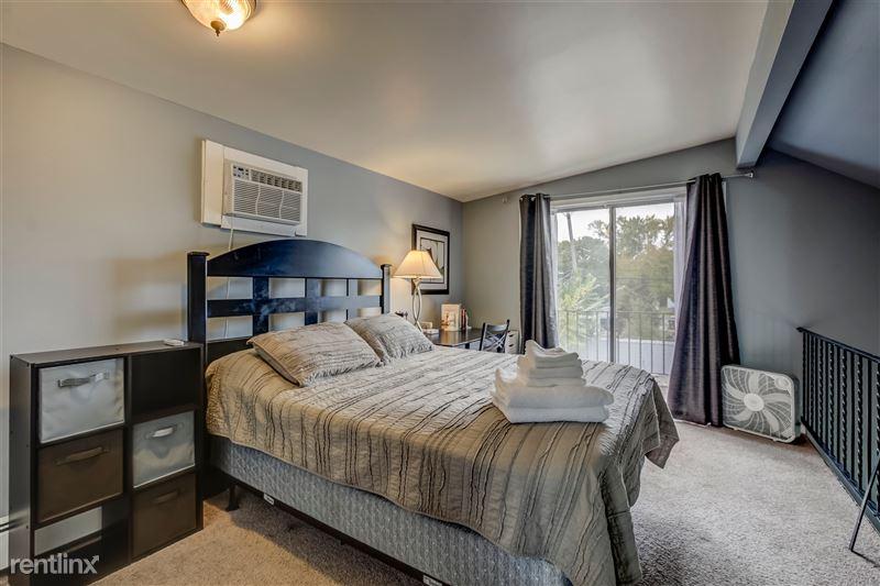 Furnished Suites in Royal Oak - 3 - Bedroom