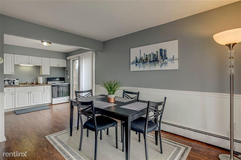 Furnished Suites in Royal Oak - 5 - Dining & Kitchen