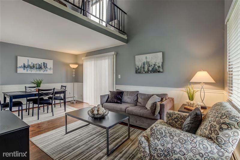 Furnished Suites in Royal Oak - 7 - Living & Dining Space
