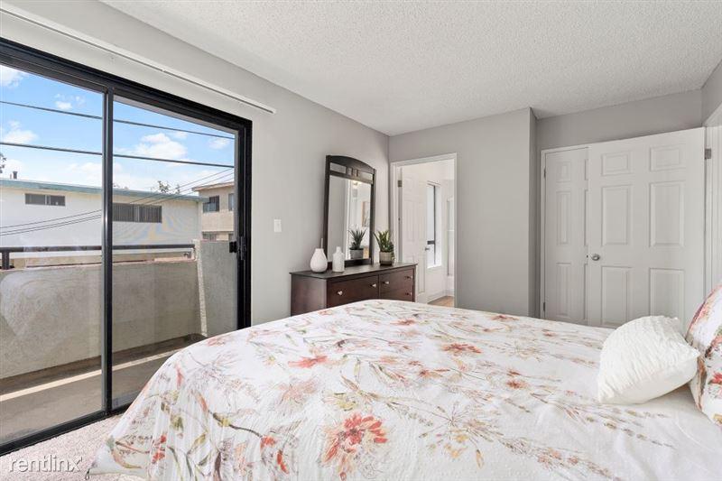 The Palms Apartments - 8 - 10DSC02078web