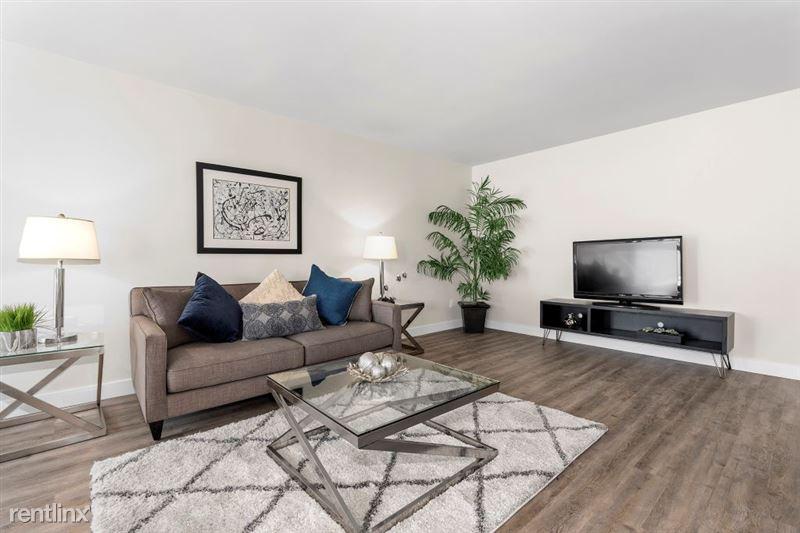 Parkway Terrace Apartments - 18 - DSC04954Web