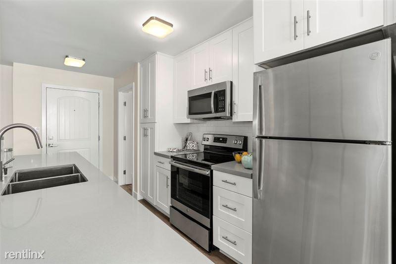 Parkway Terrace Apartments - 20 - DSC04961Web