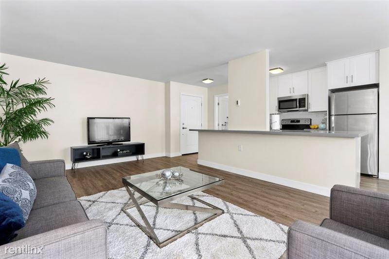 Parkway Terrace Apartments - 21 - DSC04951Web