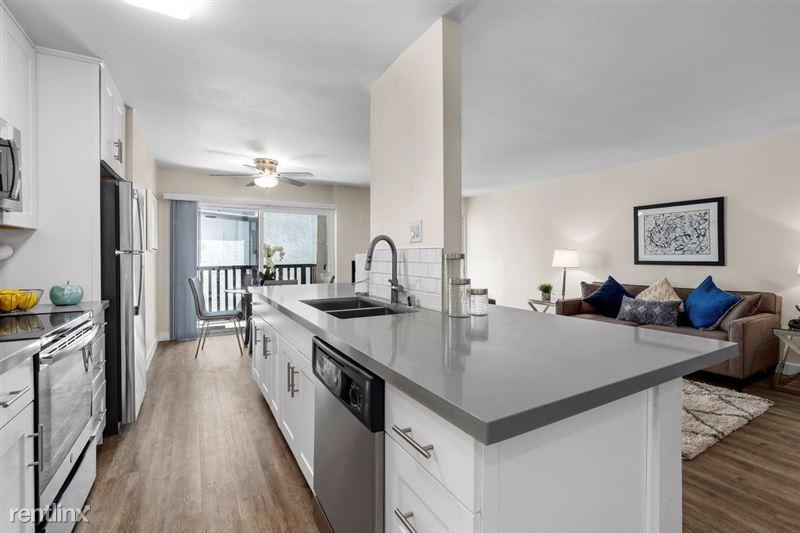 Parkway Terrace Apartments - 22 - DSC04970Web