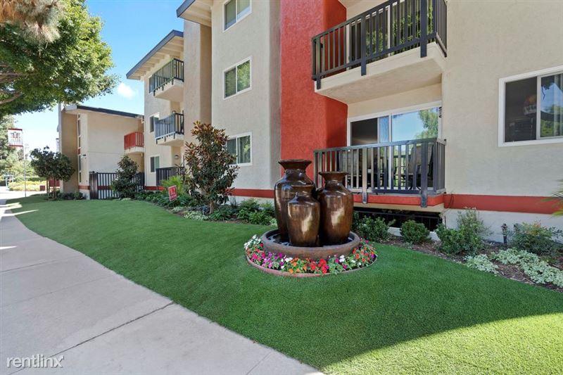Parkway Terrace Apartments - 24 - DSC04980Web