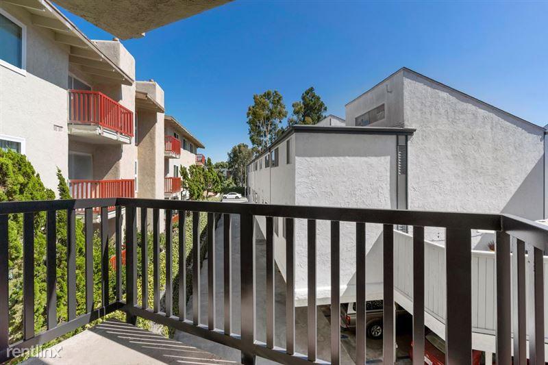 Parkway Terrace Apartments - 26 - DSC04973Web