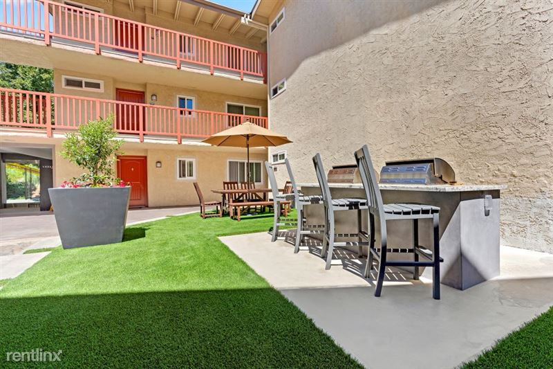 Parkway Terrace Apartments - 7 - DSC04842Web