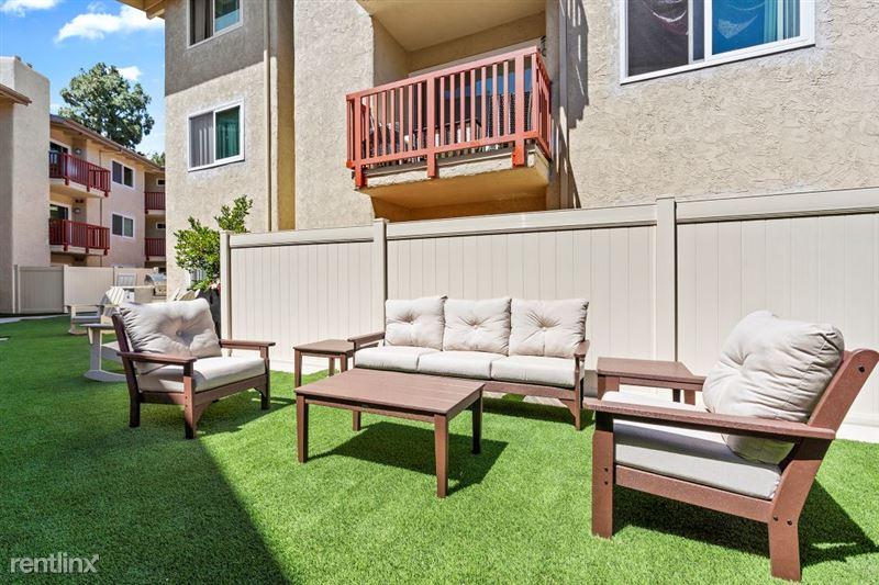 Parkway Terrace Apartments - 8 - DSC04833Web