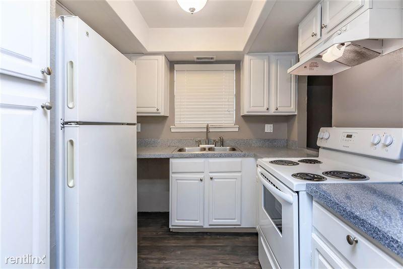 Maravilla Apartment Homes - 2 - 1Bdrm-Livingroon2