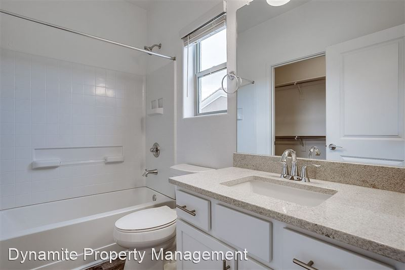 22125 N 29th Ave - 4 -
