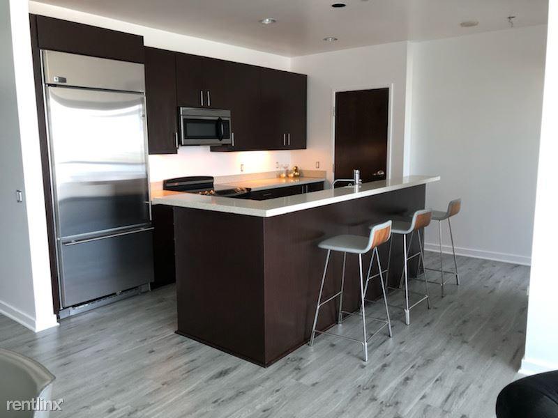 Blu Beverly Hills - 1 - 04 Kitchen