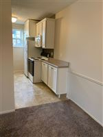 Knob Hill Apartments - 4 - Kitchen
