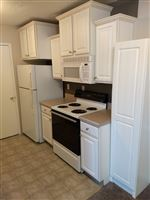 Knob Hill Apartments - 18 - Kitchen