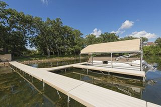 Lakeside Dock and Pontoon for resident use