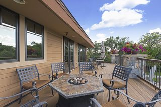 Wow - what a deck to socialize, unwind and relax