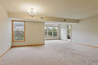 Great room style floor pan.  Dining room opens to living room and sunroom.