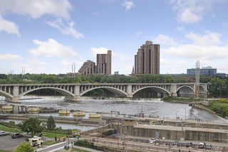 Stone Arch Bridge crossing the Mississippi to St Anthony Main