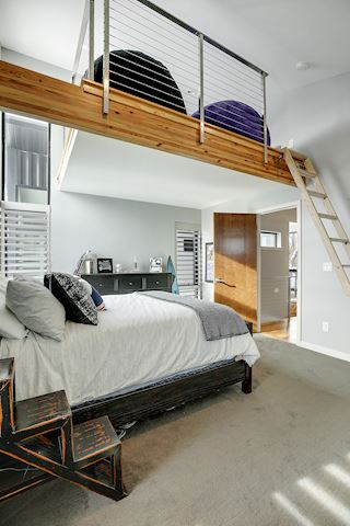Ensuite bedroom loft