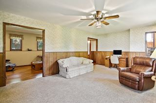 Large lower level family room adjacent to nice sized flex room-