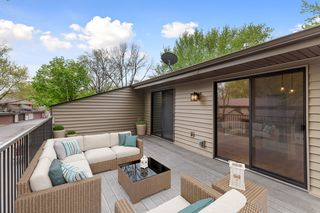 Fabulous deck - virtually staged