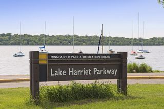 Lake Harriet - live the lakes lifestyle