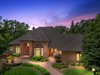 7008 Dublin Road, Edina - Custom, designed and built by Steiner Koppelman luxury builder.