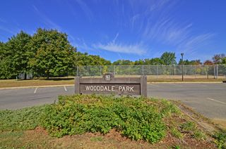 A short walk to Wooddale Park