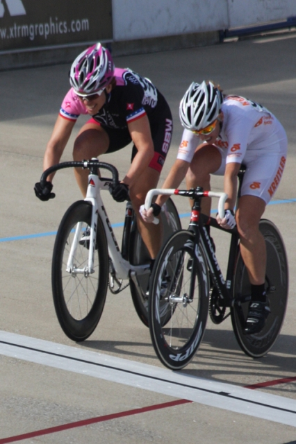 Luanne Murray (right) outsprints Tara Unverzagt at the line for the gold medal in the women's 50-54 scratch race.