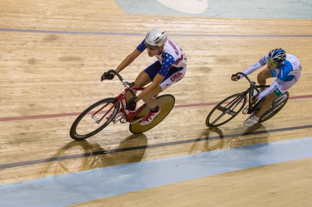 Zach Carlson competes in the men's omnium