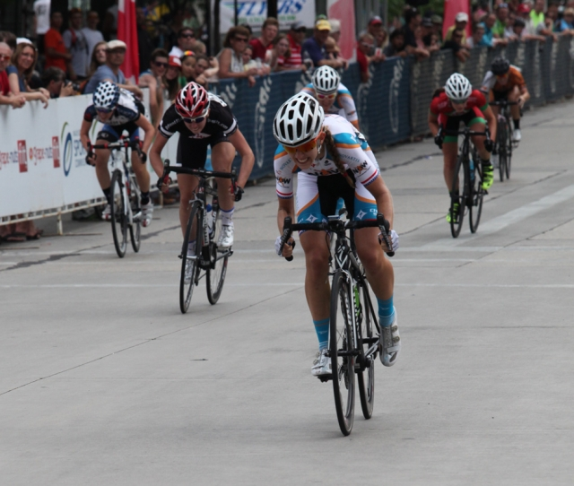 Alexis Ryan sprints for the line in the U23 women's crit