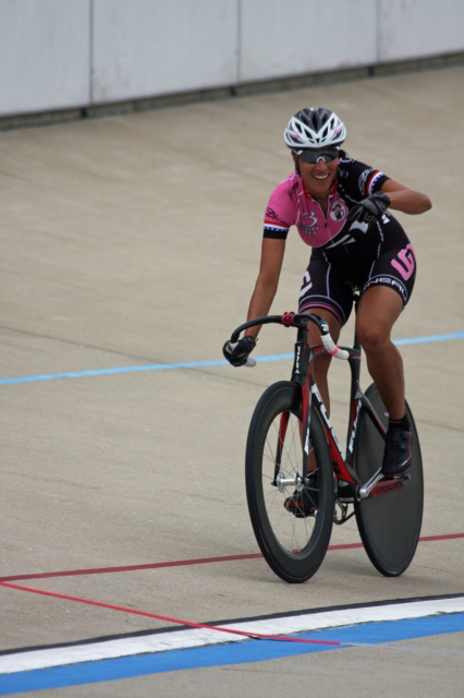 Cheryl Fuller-Muller rode to victory in the women's 40-44 points race