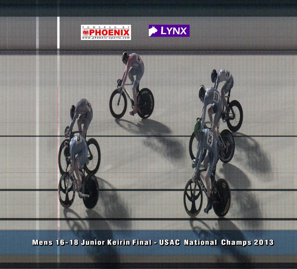 The men's 16-18 keirin came down to a photo finish.