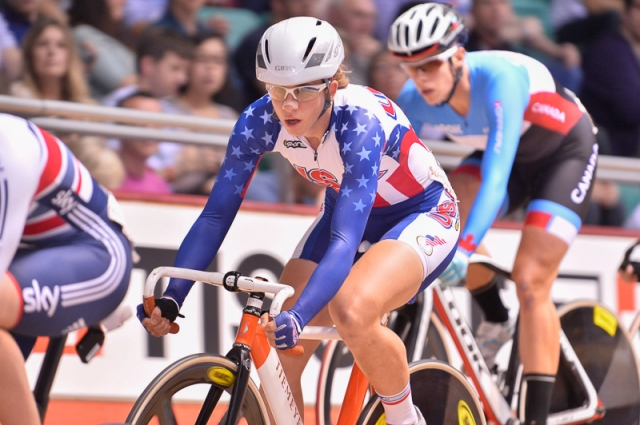 Beth Newell rides in the women's points race