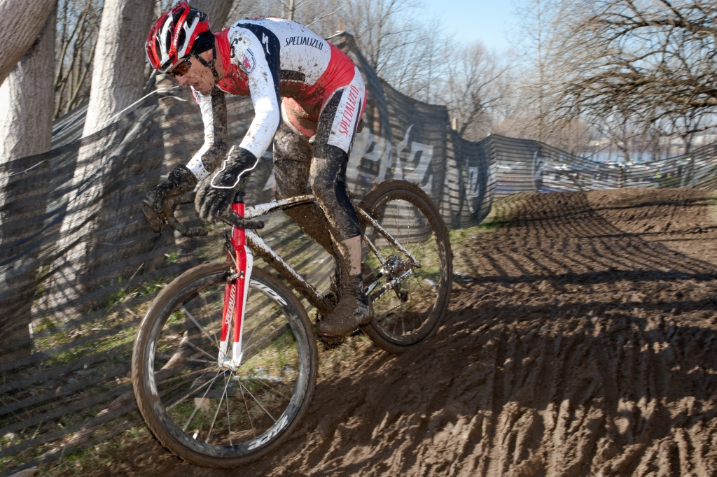 Ned en route to victory at the 2012 Masters Cyclo-cross World Championships.