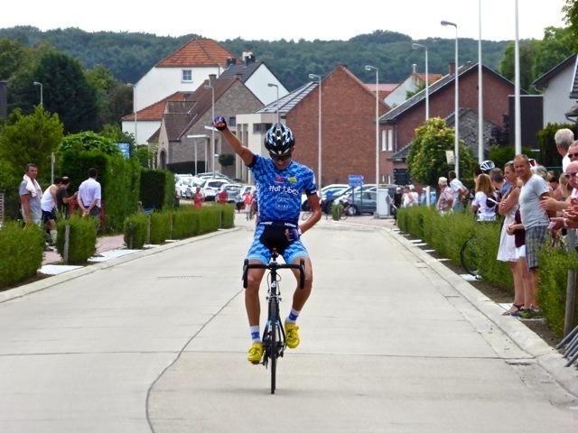 Maddux wins at Wijer.