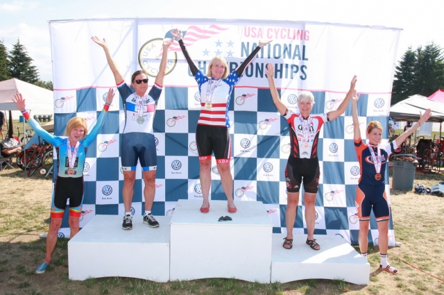 Women 60-64 individual pursuit podium