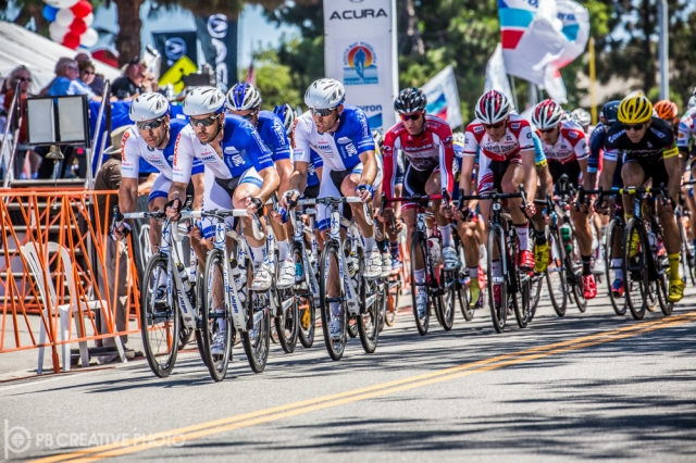 The men's peloton makes its way through the streets of Manhattan Beach.