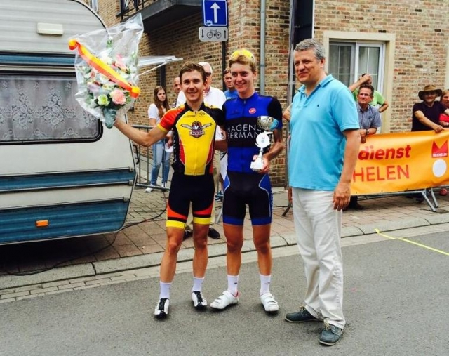 Wil Barta and Adrien Costa (l to r) celebrate their one-two finish at the Omloop Muizen Mechelen.
