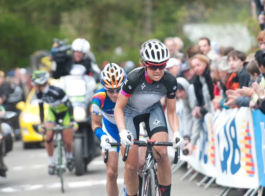 American Evelyn Stevens leads the 2012 Fleche Wallone.