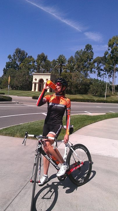 Olympic silver medalist Dotsie Bausch takes a break from a ride to fuel up.