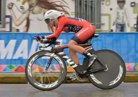 Emma White races through raindrops to 5th place in time trial