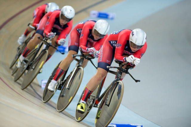 The women's team pursuit team en route to a top-five finish.
