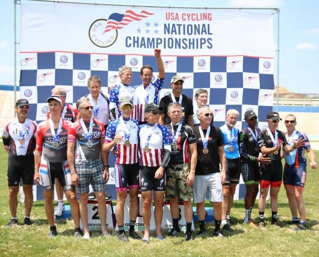team pursuit podium