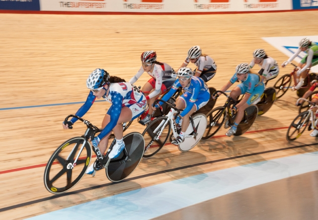 Cari Higgins leading the pack around a corner in the points race