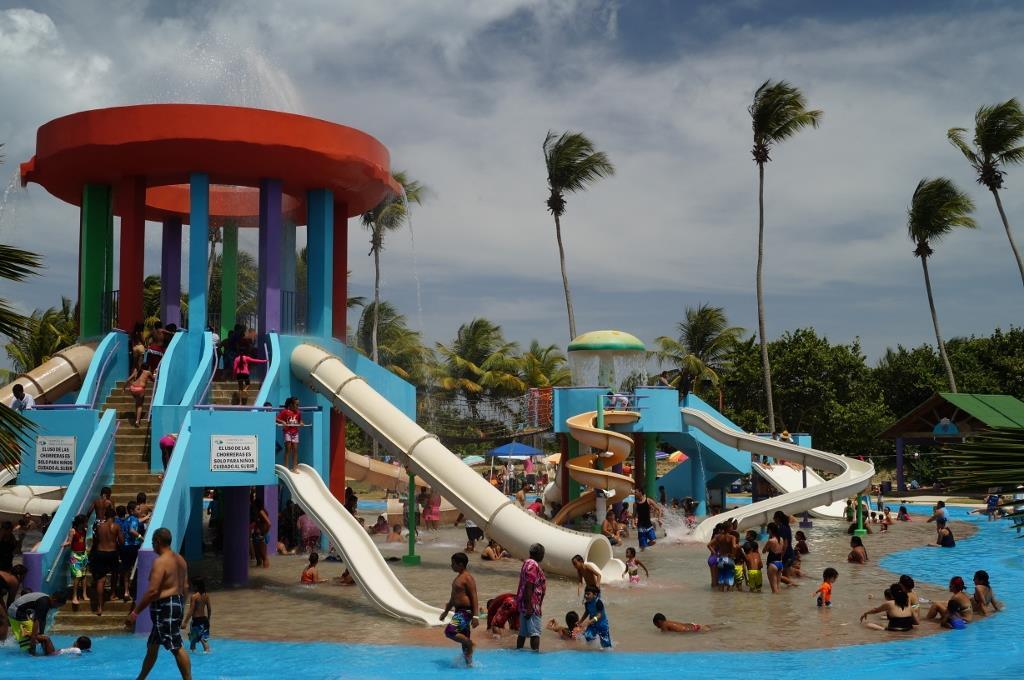 Rent A Suv >> ZeePuertoRico.com - Parque Acuático Infantil Humacao