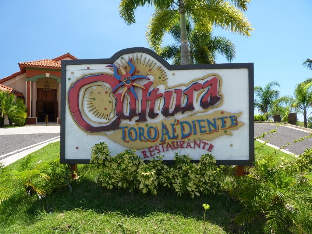 Restaurante cultura toro al diente - Como llamar a puerto rico ...