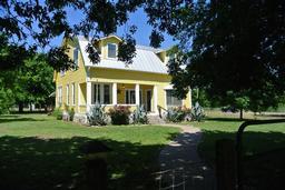 1363 Red Town RD, Elgin TX 78621