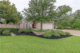 928 grand oaks circle, college station, TX 77840