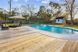 2602 clearwood court, college station, TX 77845