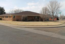 101 Bellaire Ave, Dumas TX 79029